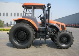 凯特迪尔1204轮式拖拉机产品图图