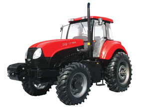 东方红CF1404/CF1504履带式拖拉机产品图图