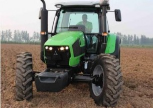 国产道依茨法尔DF1704拖拉机产品图图