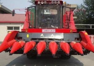 天人TR9988-7A七行玉米收割机产品图图
