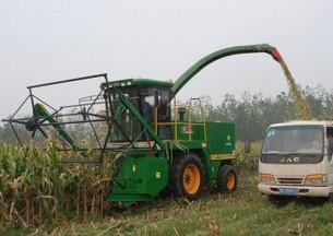 巨明4QS-3000型大型饲料青贮机产品图图