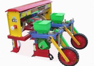 德农2BYF-2玉米精量施肥播种机产品图图