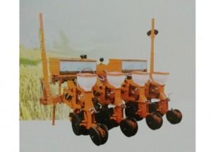德农2BMQYF-4/4玉米气吸免耕施肥播种机产品图图