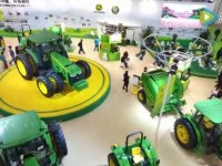 约翰迪尔精彩闪耀中国国际农机展